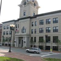 City Hall, Лоуренс