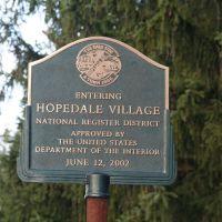 Entering Historic Hopedale Village, Метуэн