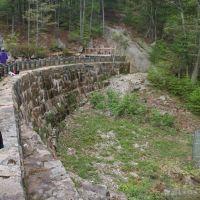 The Dam, Метуэн