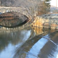 East Hartford Ave Bridge over the Blackstone Canal - Blackstone Valley National Historic Corridor, Метуэн