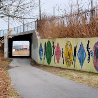 Art mural on the Neponset River Trail, Dorchester, MA, Милтон