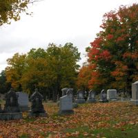 Cemetery on Pond Street, Natick, 10/7/2013, Натик