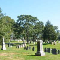 The Old Burying Ground at Needham Cemetary, Нидхам