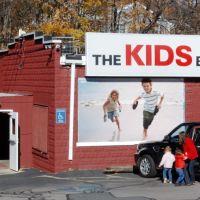 The Kids Barn, Ньютон