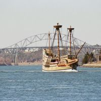 Mayflower passing through Cape Cod Canal, Сагамор