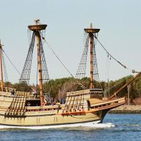 Mayflower in the Cape Cod Canal, Сагамор