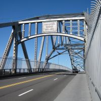 Walking Across the Sagamore Bridge, Сагамор