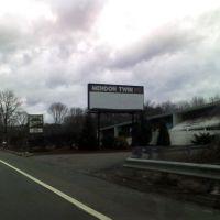 Mendon Twin Drive In, Сандвич