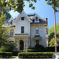 Ornate House #1 on Elliot, Springfield MA, Спрингфилд