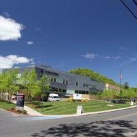 Wing Memorial Hospital, Три-Риверс