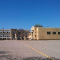 McCloskey Middle School (Old High School), Тьюксбури