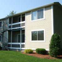Edgewater Gardens Condominiums, Holyoke, MA, Холиок