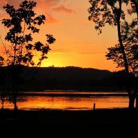 Goose Island Sunset, Браунсвилл