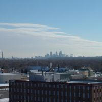 Feb 2006 - Brooklyn Center, Minnesota. Downtown Minneapolis in the distance on a cold winter day., Бруклин-Сентер