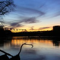 Sunset a the Omaha Swing Bridge, St. Paul, MN, Лилидейл