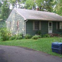 Green old house, Медисин-Лейк