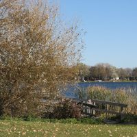 Oct 2010 - Plymouth, Minnesota. Fall in West Medicine Lake Park., Медисин-Лейк
