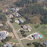 Chantilly Drive from the Air, Батесвилл