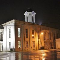 Monroe County Courthouse - Built 1857 - Aberdeen, MS, Вейр