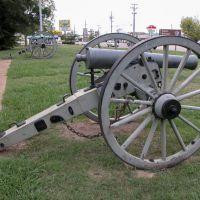 12-Pounder Napoleon Cannon, Tupelo Natl Battlefield, Tupelo, Mississippi, Гаттман