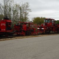 RJ Corman MOW equipment on KCS Spur track near Navy CBC Gulfport, MS.  March 2012, Гулфпорт