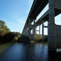 Bridge over the Black Warrior, Каледониа