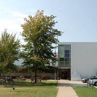 Bowmar Avenue Elementary School, Кингс