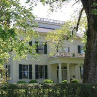 Barton Hall - Built ca. 1840s, Коссут