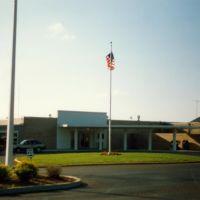 Terminal Building at McKellar-Sipes Regional Airport, Jackson, TN, Коссут
