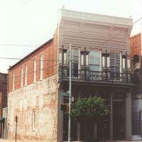 iron clad Victorian building, Natchez Ms, scanned 35mm (8-9-2000), Натчес
