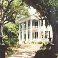 "1851 ""Stanton Hall"" ""Belfast"" Natchez Ms, scanned 35mm (8-9-2000), Натчес"