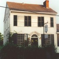 1783 Priests house, built for a Spanish priest, Natchez Ms, scanned 35mm (8-9-2000), Натчес
