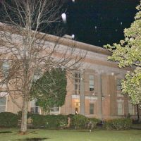 Jones County Courthouse - Built 1908 - Ellisville, MS, Ньютон