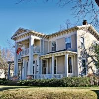 McWillie-Singleton House - Built 1860, Окин Спрингс