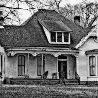 The Historic Miller Home - Built 1853, Околона