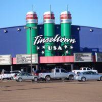 Tinseltown Movie Theater., Пирл