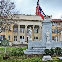 Pearl River County Courthouse - Built 1918 - Poplarville, MS, Попларвилл