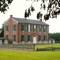Historic Little Red School House (Holmes County, Mississippi Circa 1840s), Салтилло