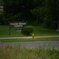 Frank Berry Housing Development....Meridian, MS, Сандерсвилл