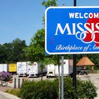 Welcome to Mississippi, I20 - Lauderdale, Mississippi., Сандерсвилл