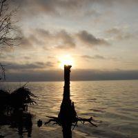 Natural cross at sunrise, Сосо