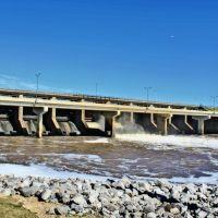 Barnett Reservoir Spillway, Шав