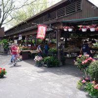 Farmers Market - Kirkwood, Дес Перес