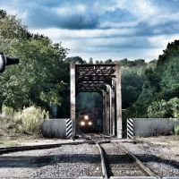 Train coming across Meramec River - Valley Park, MO, Дес Перес