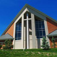 Webster Gardens Lutheran Church, Дес Перес