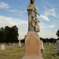 Woman atop gravestone, life-size, Woodlawn Cemetery, Independence, MO, Индепенденс