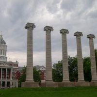Jessie hall and 6 columns of Mizzou, Колумбия