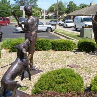A Legacy, bronze of boys playing baseball with dog and little boy with teddy bear,North Kansas City,MO, Норт-Канзас-Сити