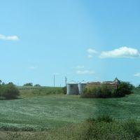 Barn and Silos, Олбани (Генри Кантри)