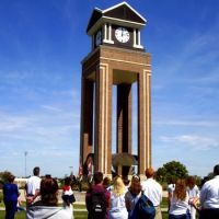 Missouri Western Clock Tower on September 11th, Олбани (Рэй Кантри)